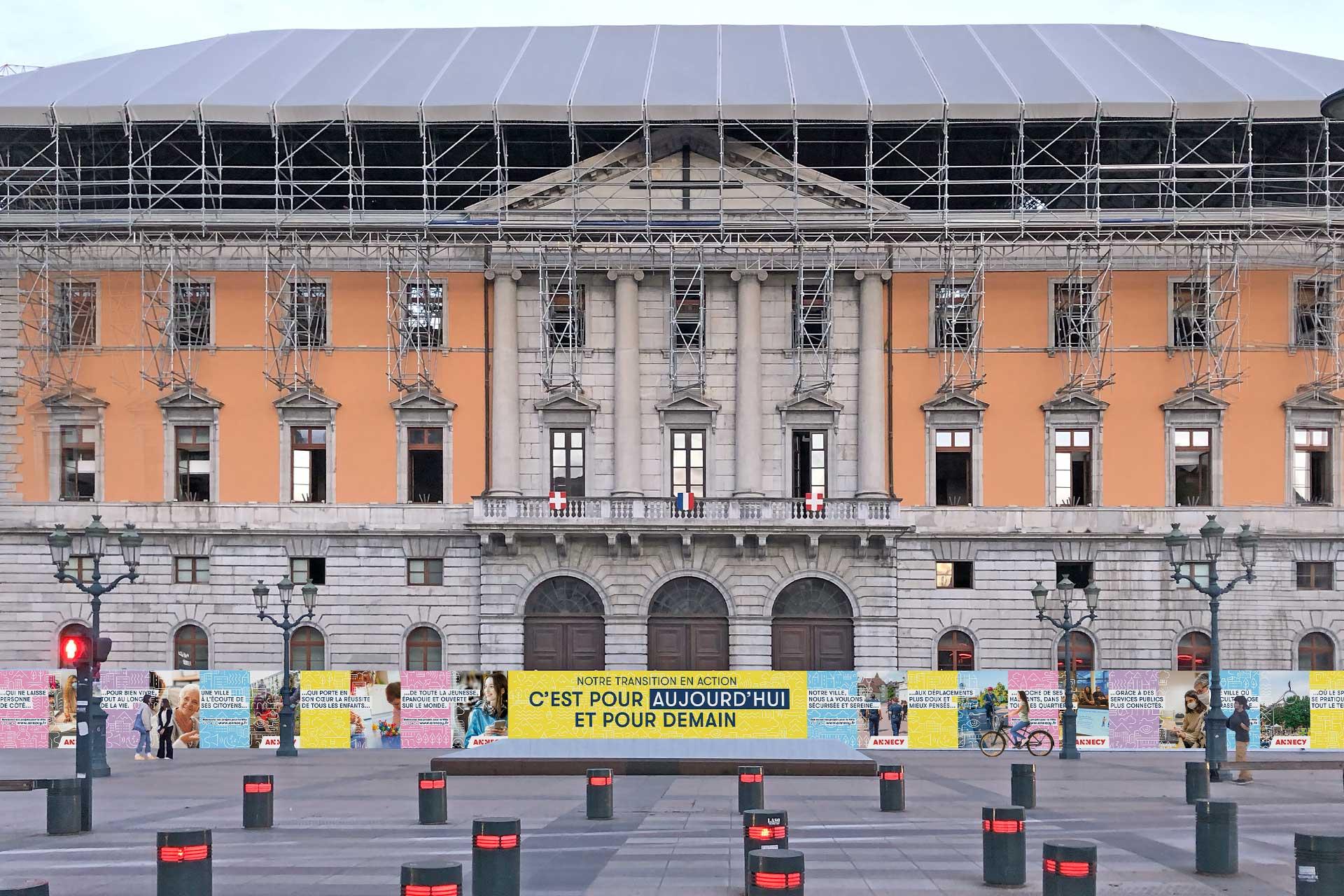 Hôtel de ville d'Annecy en travaux